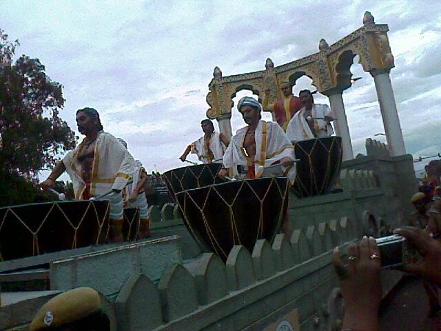 Iniyavai Narpadhu 31 - Semmozhi manadu