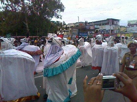 Iniyavai Narpadhu 35 - Semmozhi manadu madu photo