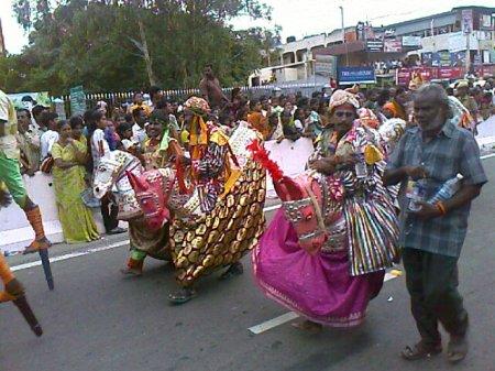 Iniyavai Narpadhu 37 - Semmozhi Manadu kudhirai attam